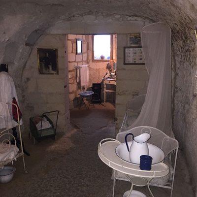 Troglodyte cave dwelling (early 20th century)
