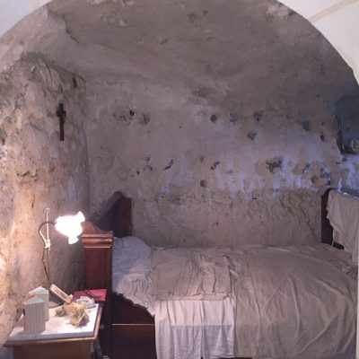 Troglodyte cave dwelling (early 20th century)